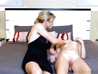 Big Tits Cougar Wears Strap-on And Fucks Teenage Stunner Brooke Laugh At