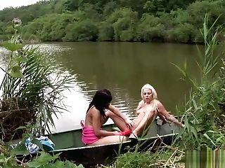 Rihanna And Diana Bang On A Boat