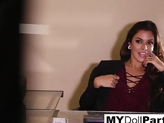 Kayla Danger In Kayla Enjoyments Her Feet In Her Office - Mydollpartsvip
