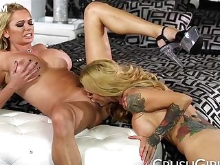 Sarah Jessie, Briana Banks And Sarah Banks - And Sexually Attractive Coochie Slurping